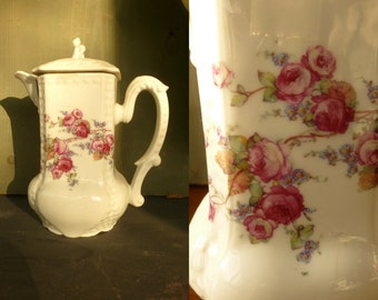 Shabby Chic Vintage Coffe Pot. Antique Porcelaine Tea pot/ Coffe Pot Floral motif. 50's Teapot