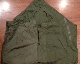 Vietnam Era Case M- 1945 Sleeping Bag Water Repellant