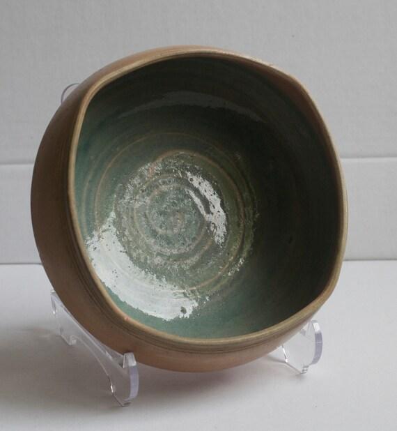 Lilian's Collection Handmade Terra Cotta Pottery Bowl, Ceramic Bowl, Serving Bowl, Mixing Bowl, Unique Bowl, Decorative Tableware, Stoneware