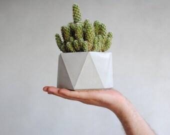 Concrete geometric planter - vase - pot