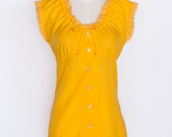 1970s Vintage Golden Yellow Fitted Peasant Blouse / Young Collection by Dale of California