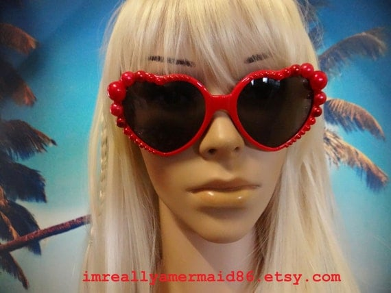 Heart shaped I'm Really A MERMAID Sunglasses with little pearls Sun Glasses Sunnies Wayfarers Aviators Beach Sea Ocean Nautical Pinup A014