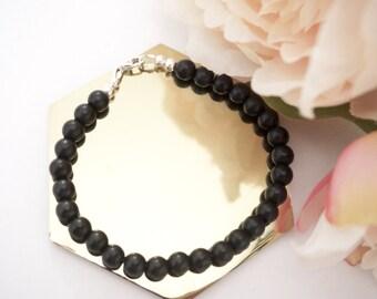 The Anah Howlite Stone Bracelet