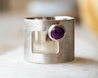 Wide band silver ring, Wide band ring,  Purple stone ring,Gemstone ring sterling silver, Elegant ring,Modern,Minimalist,Gift for her, Unique