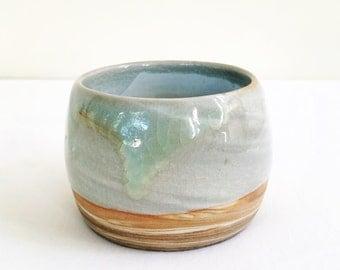 Handmade marbled ceramic bowl, stoneware, swirled effect #EarthandClays
