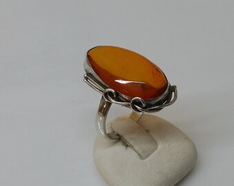 Antique nostalgic amber ring 18.4 mm size 8.3 vintage SR157
