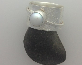 Sterling Silver Wide Band with Encrusted Spinner Pearl Ring