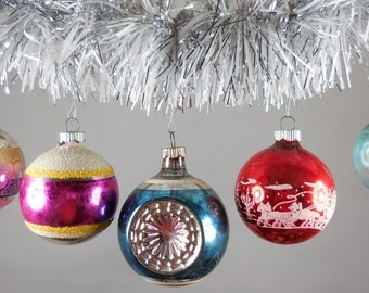 Set of 25 Vintage Christmas Ornaments See All Photos