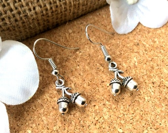 Acorn earrings, drop earrings, Acorn jewelry, dangle earrings