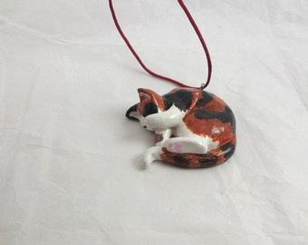 Sleeping Cat, cat pendant