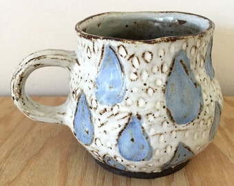 raindrop cup  // handmade // ceramic mug // carved