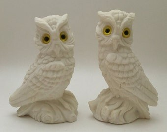 Vintage pair (2) of alabaster owls, F A Italy owls, owl figurines, owl decor, owl statues, alabaster owls