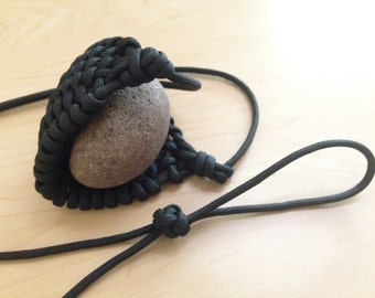 Transformational bush wear to survival gear by buschwacked for Paracord rock sling