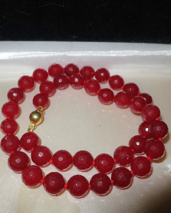 Lovely handmade raw red ruby knotted necklace