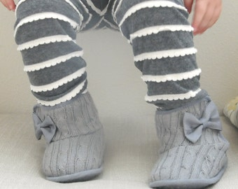 Ruffle Leggings, Baby Leggings, Cotton Knit, Newborn, Infant, Toddler, Girl, Grey, Gray, Ruffles, Scalloped, Baby Gift, Baby Outfit, Ruffled