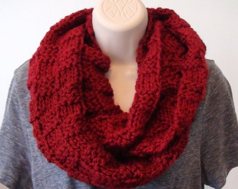 Toto in a Basket Infinity Scarf, Red, Circle Scarf, Knit Scarf, Chunky Scarf, Warm Scarf, Women's Scarf, Handmade