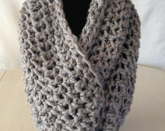 ETERNITY Bulky Crochet Scarf in Smoky Gray