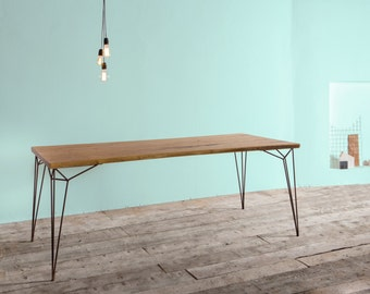 Table in acacia and oxidized iron