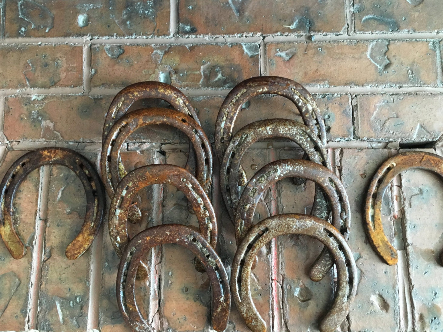 10 authentic rustic vintage used horseshoes from for Where to buy used horseshoes