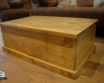 Storage Chest Coffee Table. 2 plank lid design. Rough Sawn Rustic Pine Wood.