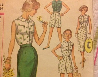 1950s Dress Pattern, Simplicity Miss Size 14 Bust 34 Pattern number 2589