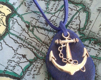 HANGING sailor anchor with silver and blue stone