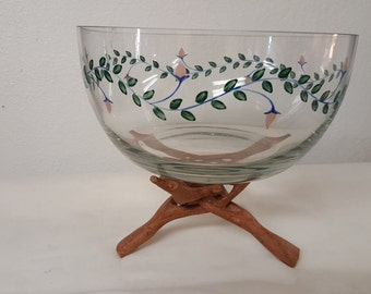 Vintage hand painted bowl with wood stand, flowered bowl, wood bowl, large flower bowl, retro bowl, large vintage bowl, pink flowered bowl