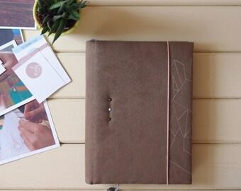 Minimalist planner (agenda book) with unicorn, undated, geometric, clean design