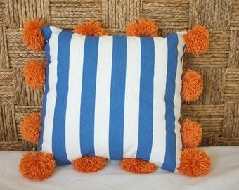 Canvas Pom Pom Pillow Case