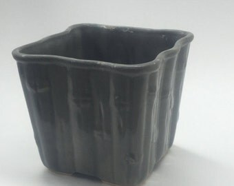 HAEGER USA 4044 Gray Bamboo Vintage Pottery