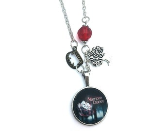 "Halloween Vampire Diaries Inspired Glass Dome Beaded Charm 20"" Chain Necklace Silver Tone"