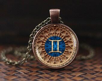 Gemini Zodiac Necklace, Gemini Pendant, Gemini Zodiac Jewelry, Zodiac Sign, Astrology Necklace, glass dome pendant, m128