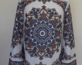 REDUCED 1970s Paisley top size 14