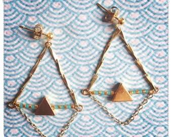 Triangular earrings chain and miyuki beads