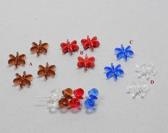 Plastic beads, snow flake shaped. sold by 100 pcs per pack.