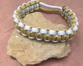Mad Max: Fury Road paracord bracelet - gold and silver