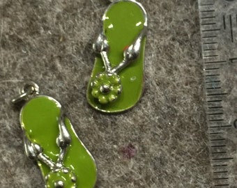 SALE of enameled charm/pendant - green flip flop sandal - 9x21mm - was €0.72