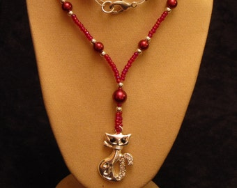 "18"" Beaded Necklace featuring Cat Pendant (Red-Silver) (PH17)"