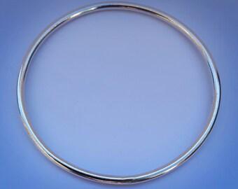 Handmade Sterling Silver Round Bangle
