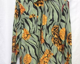 SALE! Vintage Loose Fitting Blouse/Shirt With Vibrant Print