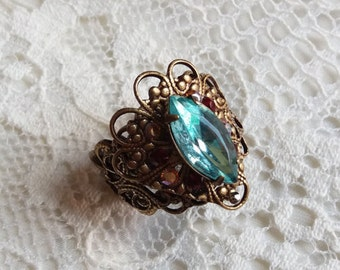 KRYSTALLINE LOOK. Exotic marine and on Brass filigree swarovski crystal ring with water.