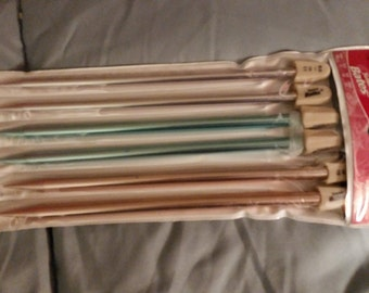 Susan Bates Set of Knitting Needles