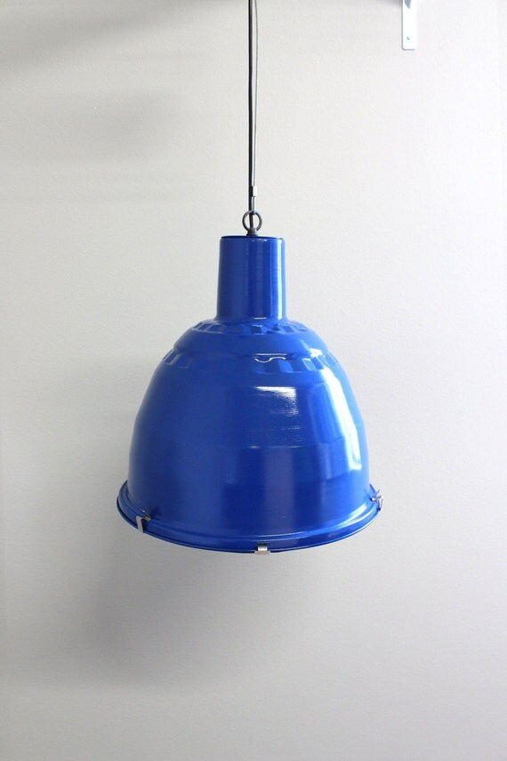 Industrial pendant lighting blue : Blue industrial pendant light