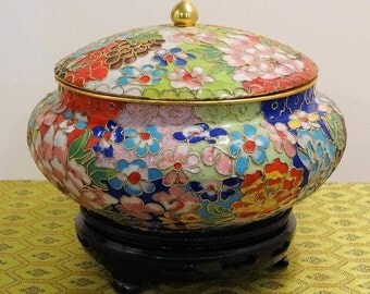 ClOISONNE RED,WHITE BLUE