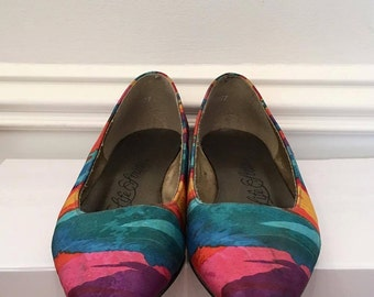Multi-Colored Fabric Pointy Toed Flats - 80s - Fancy - Funky Pattern - Size 6 (US) - Vintage