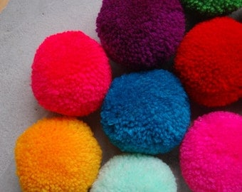 15 PCS x Large Pom Poms Handmade Craft Supply in Mixed Colors