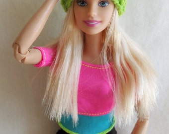 Green Barbie hat, knitted Barbie doll beanie, Barbie clothing