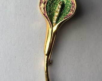 Lovely Vintage Gold Tone and Diamante Cala Lily Brooch
