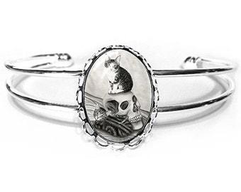 Witch's Kittens Cat Bracelet Vampire Skull Gothic Cat Art Silver Cat Cameo Bracelet 25x18mm Gift for Cat Lovers Jewelry