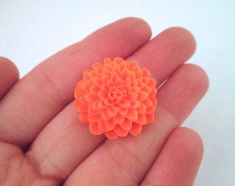 Orange Chrysanthemum Cabochons, 25mm mum cabs, E247